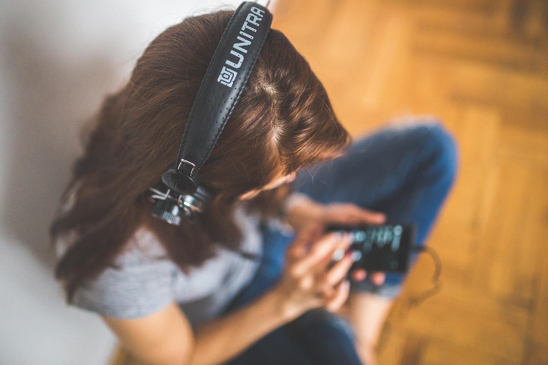 Hör' dich smart – neun Podcasts zur Erweiterung der Jobskills