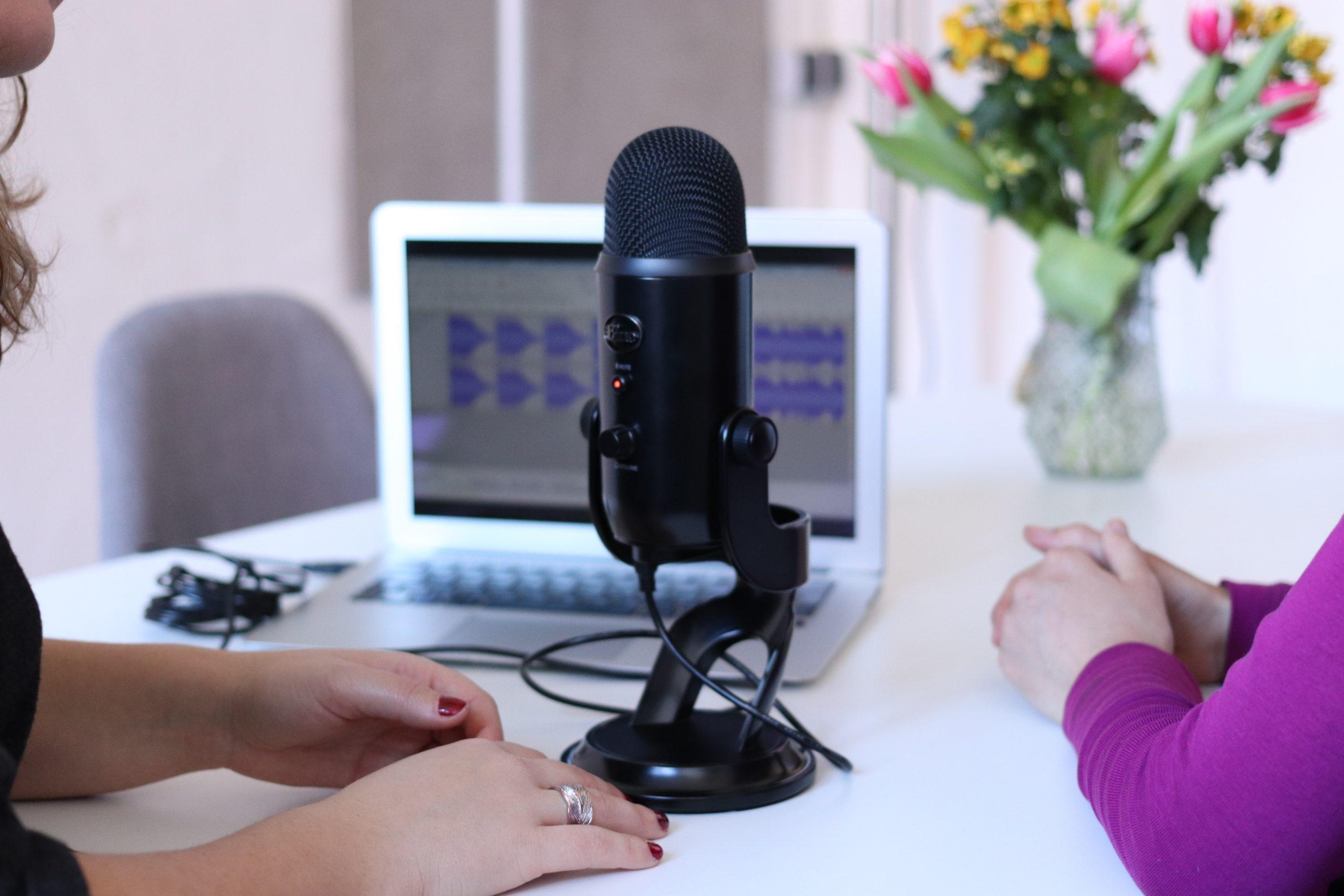 Let's talk about: Media-Podcasts für Lifestyle-Inspiration