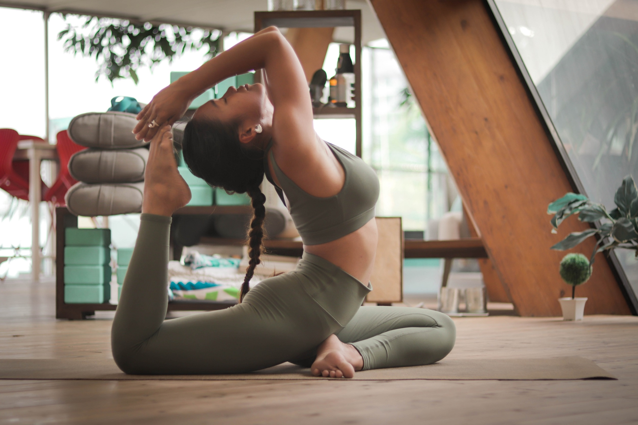 Workout your home office: from power-streaming to pilates